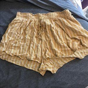 Flowy high rise shorts